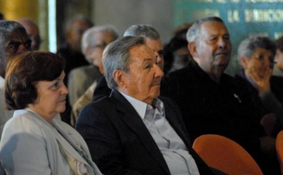 Raúl Castro en el acto por el XX Aniversario del encuentro de Fidel con líderes religiosos