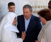 Raúl Castro en el acto por el XX Aniversario del encuentro de Fidel con líderes religiosos.