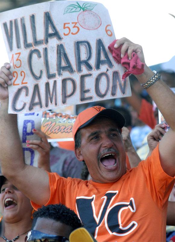 Final de la Serie Nacional de Béisbol entre Industriales y Vila Clara. AIN Foto: Marcelino VAZQUEZ HERNANDEZ