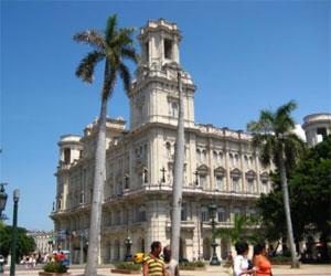 Museo de Bellas Artes ubicado en la Ciudad de La Habana, Cuba. Foto de archivo