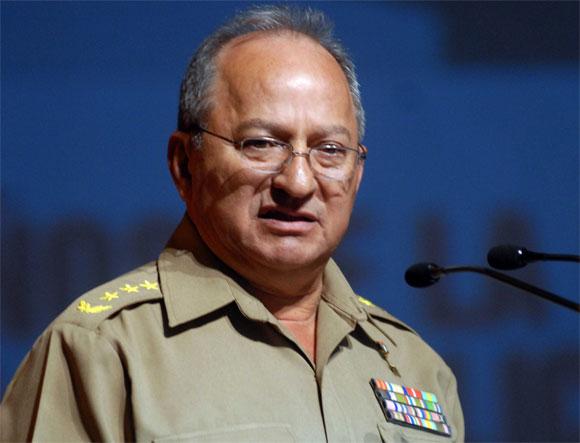 General de Cuerpo de Ejército Leopoldo Cintra Frías (Polo). Foto: AIN