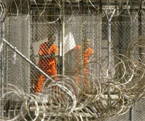 Prisioneros afganos detallan torturas y maltratos en prisión de Bagram