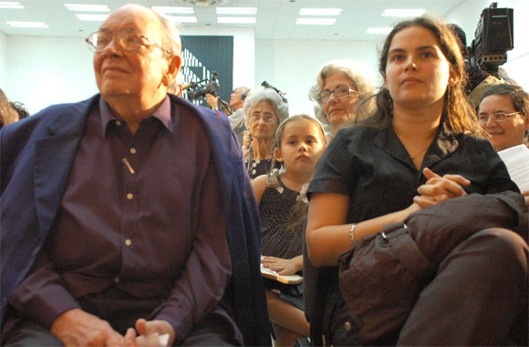 """Presentación del disco """"Segunda Cita"""" de Silvio Rodríguez, Casa de las Américas, 26 de marzo de 2010. Foto: Kaloian"""