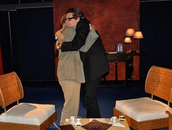Entrevista de Amaury Pérez a Miguel Barnet. Foto: Peti