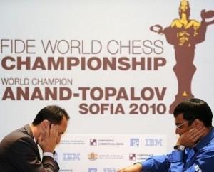 Anand y Topalov vuelven a entablar en la discusión del título mundial