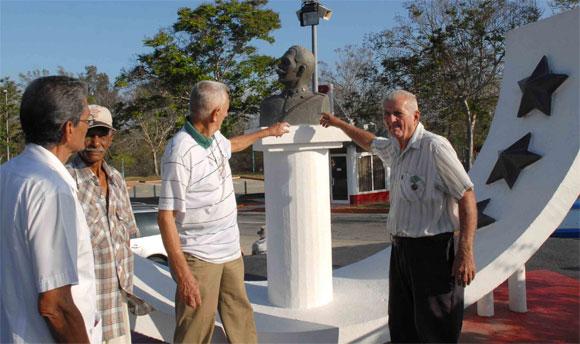 Aniversario 49 de bombardeos a aeropuertos cubanos