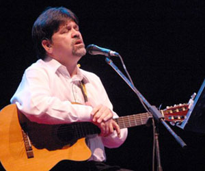 Trovador paraguayo canta a antiterroristas cubanos