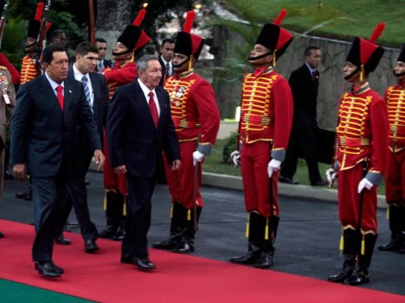 Encuentro de Hugo Chávez con Raúl Castro en Miraflores, Venezuela