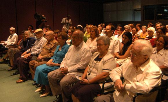 Acto realizado en el Memorial José Martí de La Habana, Cuba, el 5 de abril de 2010 por el 80 aniversario del natalicio de Vilma Espín. AIN Foto: Sergio ABEL REYES