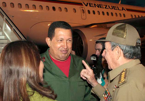 Raúl recibe a Chavez