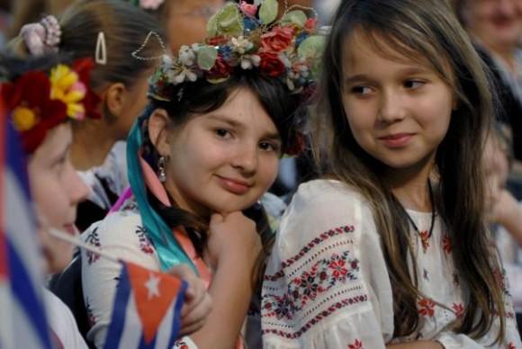 Niños de Chernobil que recibieron tratamiento en Cuba.