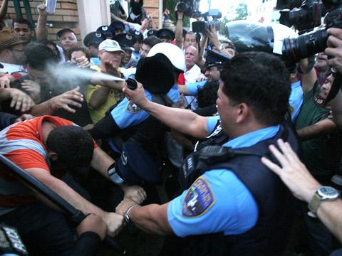 Estudiantes en huelga responden al mensaje del Gobernador de Puerto Rico