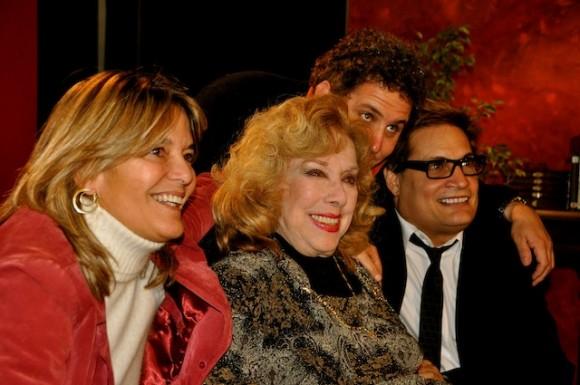 """Rosita Fornés en """"Con 2 que se quieran"""" Foto: Petí"""