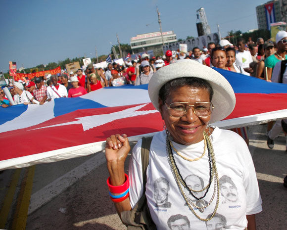 Desfile del 1ro de Mayo. Foto: Kaloian