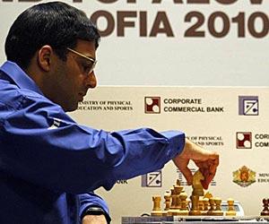 El indio Viswanathan Anand retiene su título de campeón mundial de  ajedrez