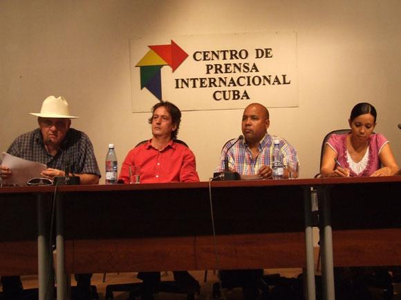 Conferencia de Prensa de Cubadisco 2010. Foto: Marianela Dufflar / Cubadebate
