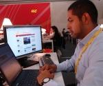 El corresponsal de Telesur, Eduardo Martínez, enviado especial a la Cumbre UE-ALC. Foto: Cubadebate