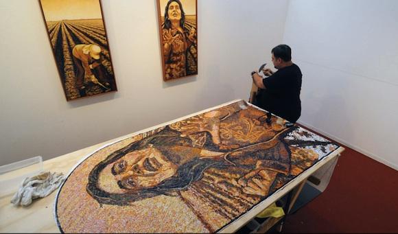 Exposición de pintura de Antonio Guerrero en antigua cárcel de California