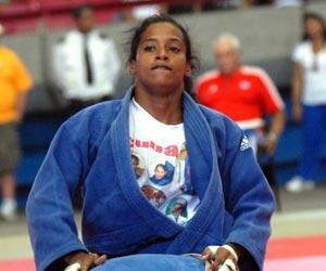 Judoca cubana Yaritza Abel gana bronce en Mundial de Tokio