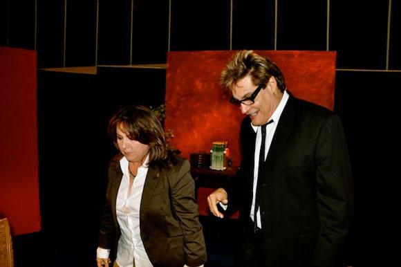 """Liuba María Hevia y Amaury Pérez, en el programa """"Con 2 que se quieran"""". Foto: Peti"""