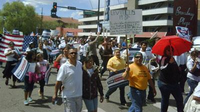 manifestantes-en-arizona