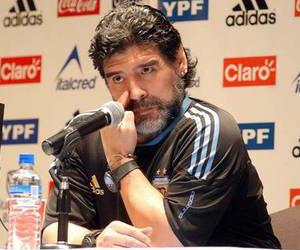 Maradona dio a conocer esta tarde su convocatoria de  preseleccionados para el Mundial de Sudáfrica