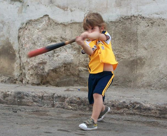 Niño de tres años, pelotero!!