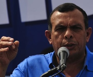 Admite Porfirio Lobo haber pedido opinión de embajador de EEUU para nombrar gabinete en Honduras