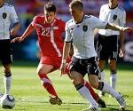 Serbia derrota a Alemania y sorprende en mundial de fútbol