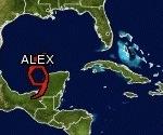 Alex toca tierra en el norte de México como huracán categoría II