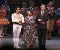 Aclamada Alicia Alonso en homenaje del American Ballet Theatre