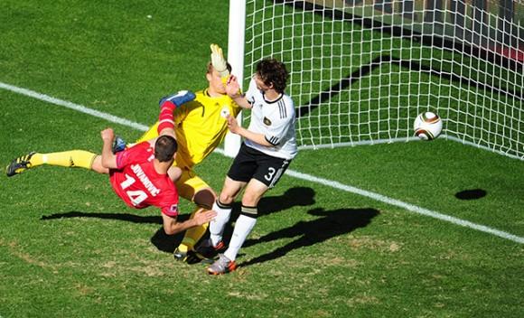 Serbia rompió pronósticos al derrotar a Alemania en Mundial de Fútbol
