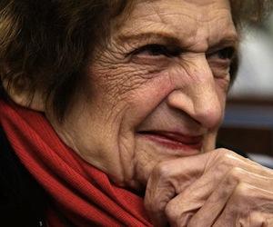 Helen Thomas: Usted no puede criticar a Israel en este país y sobrevivir