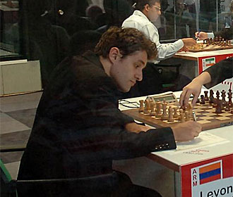 Levon Aronian en el Torneo de León