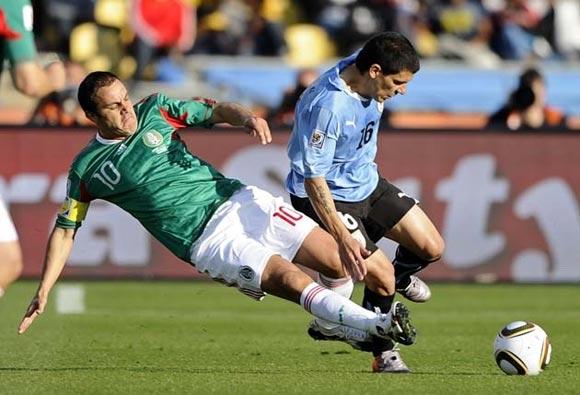 Uruguay y México clasifican por el grupo A; eliminadas Francia y Sudáfrica