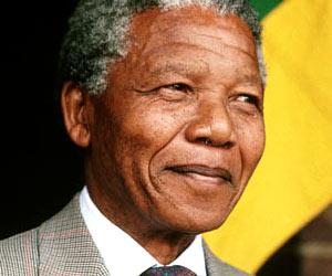 Rumberos cubanos dedican toque de tambores a Nelson Mandela