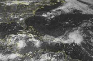 Foto satelital de la Tormenta Tropical Alex