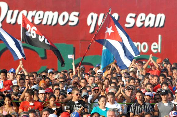 Acto central por el Día de la Rebeldía Nacional, en el aniversario 57 de los asaltos a los cuarteles Moncada y Carlos Manuel de Céspedes, en la Plaza Ernesto Che Guevara, de la ciudad de Santa Clara, Villa Clara, el 26 de julio de 2010. AIN Foto: Marcelino VAZQUEZ HERNANDEZ
