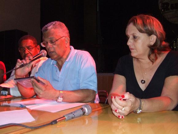 José Reyes Fortín, musicólogo y Ela Ramos, Gerente General de Bis Music. Foto: Marianela Dufflar