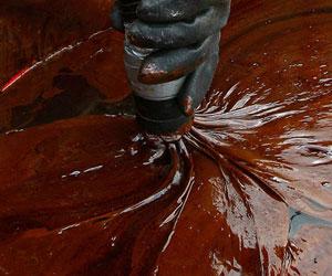 Derrame de petróleo, dos meses después