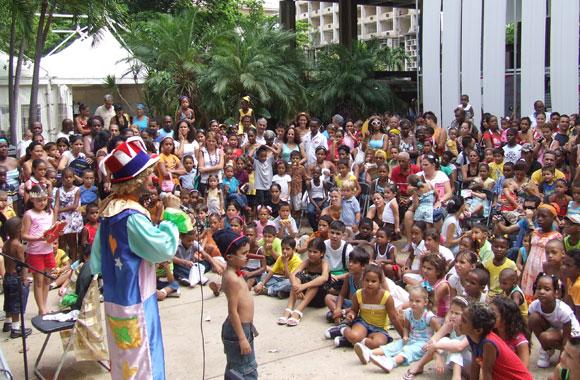 Día de los niños en la Feria Arte en la Rampa. Foto: Marianela Dufflar