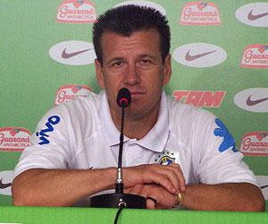 Dunga, DT de la selección brasileña en la Copa Mundial de Fútbol, Sudáfrica 2010. Foto de archivo