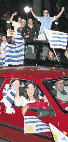 festejos-en-uruguay-por-el-triunfo