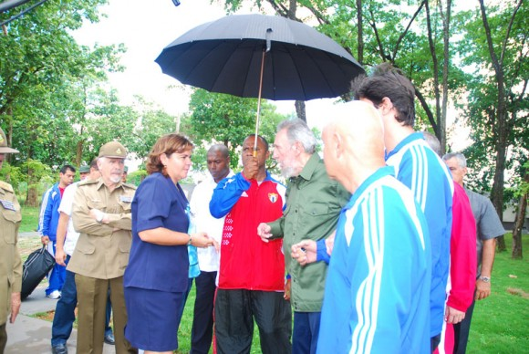 Conversando con la Directora del Memorial. Foto: Estudios Revolución