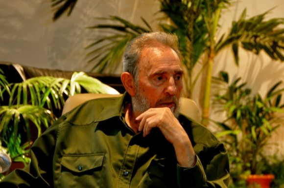 Fidel Castro en el Memorial José Martí. Foto: Petí