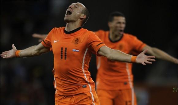 Holanda en el juego frente a Uruguay, dónde alcanzó el pase a la gran final de la Copa Mundial de Fútbol, Sudáfrica 2010