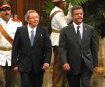 Raúl Castro recibe a Leonel Fernández
