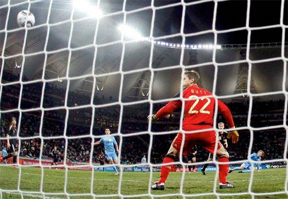 Uruguay vs Alemania en la discusión por el tercer lugar en la Copa Mundial de Fútbol, Sudáfrica 2010
