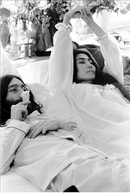 Yoko Ono y Jhon Lennon