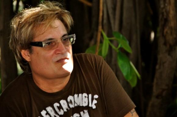 Amaury Pérez en el Pabellón Cuba. Foto: Petí